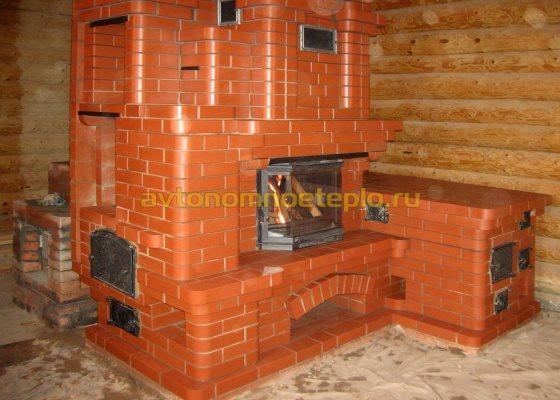 печка с лежанкой и камином