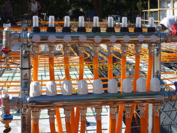 коллектор с регулируемыми сервоприводами