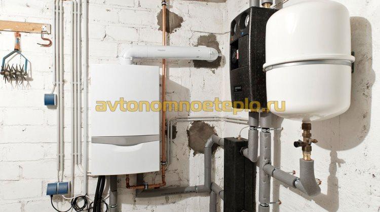 конденсационный котел с коаксиальной трубой отвода дыма