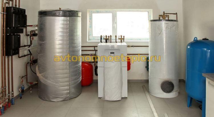 внутренний блок теплонасоса воздух-вода