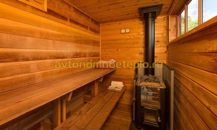 печь с стальным дымоходом в деревянной бане