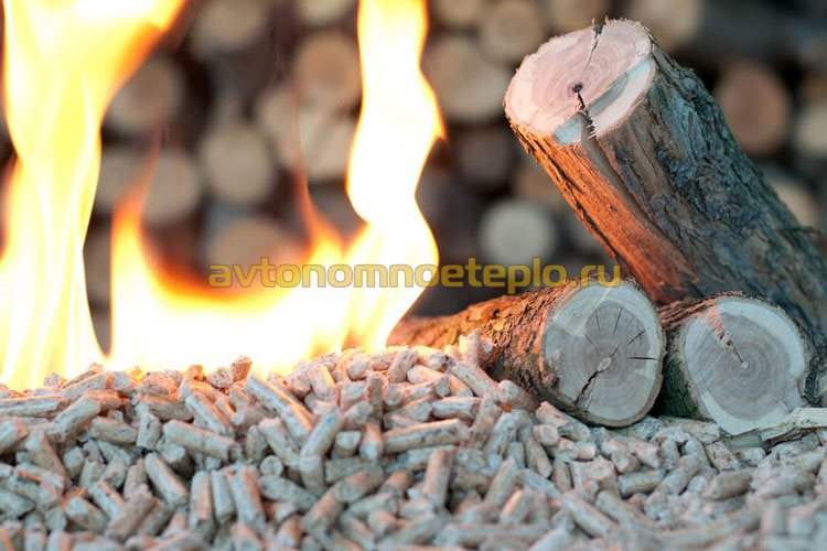 древесные гранулы и дрова