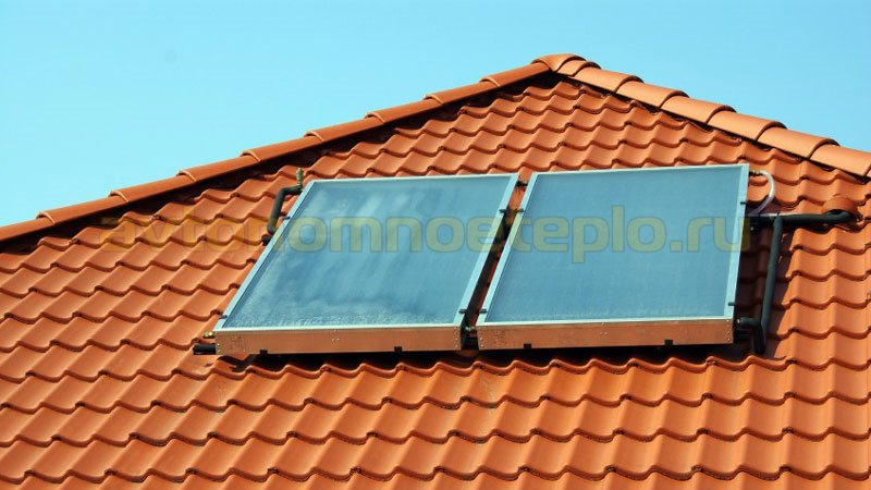 геопанели на черепичной крыше