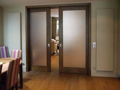 плюсы раздвижных межкомнатных дверей